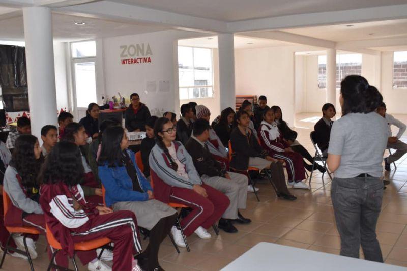 Acuden Jóvenes a Conocer las Instalaciones del Centro Poder Joven y sus Servicios